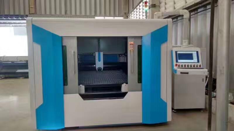 Air Compressor Fiber Laser Cutting Machine