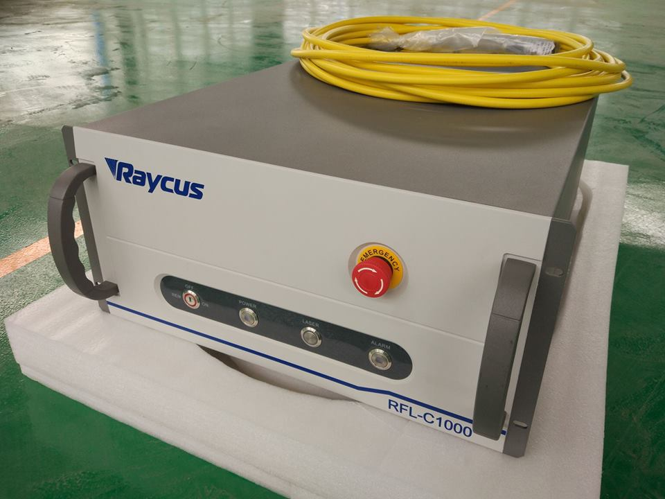 Fiber laser source main features