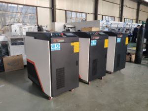 Handheld fiber laser welder
